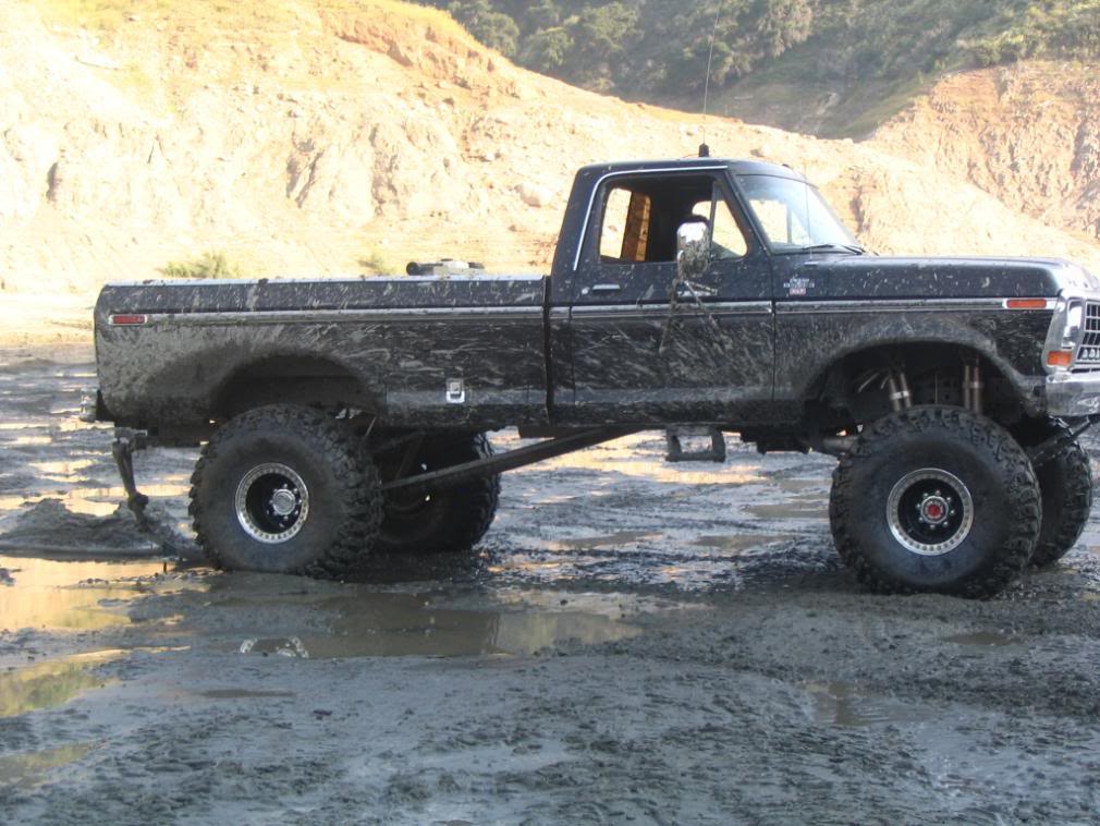 Old Jacked Up Trucks >> Pick Up Trucks: Jacked-Up or Tacked-Up? – Everything Country